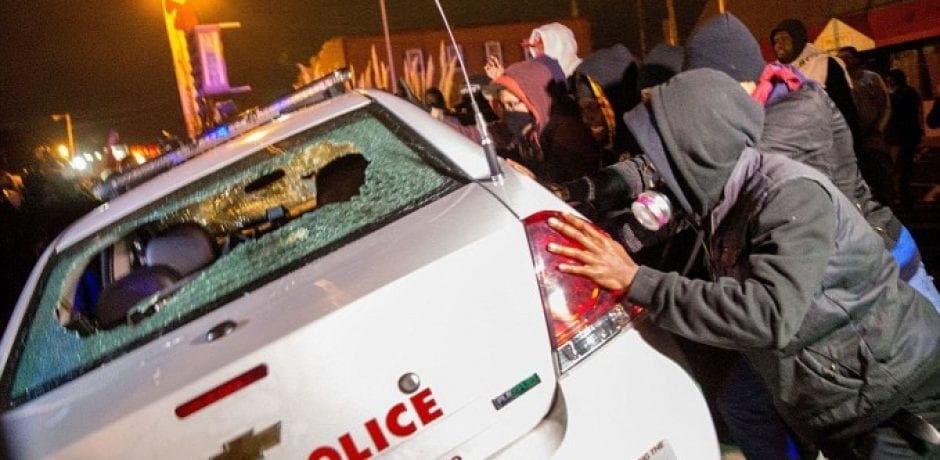 DOJ CONTINUES OBSESSION WITH DISCREDITING FERGUSON POLICE With This Ridiculous New Report