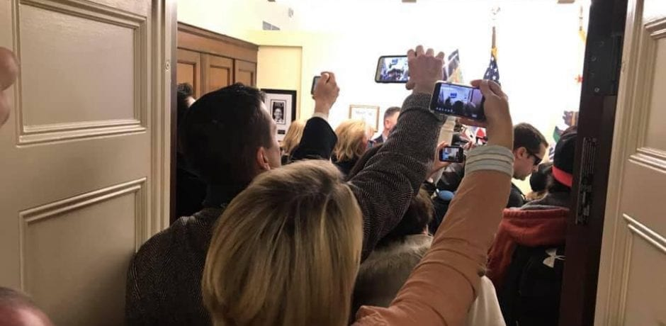 """WATCH: 'ANGEL MOMS' STORM Pelosi's Office Chanting """"Build The Wall!"""" [VIDEO]"""