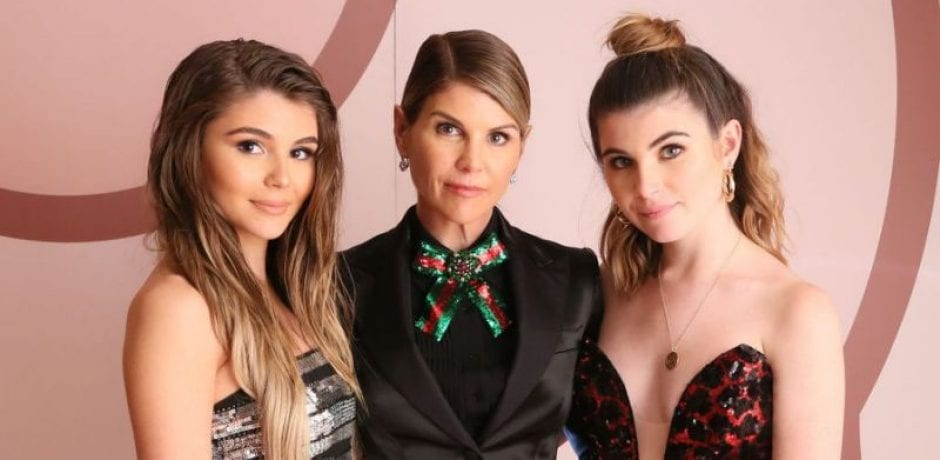 LORI LOUGHLIN'S Daughters Won't Be Returning To USC After Paying 500K Bribe To Get In