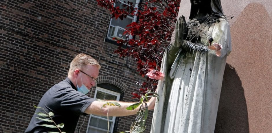 Godless Radicals Set Fire to Virgin Mary Statue Honoring Fallen WWII Soldiers