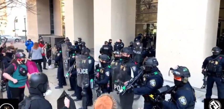 BREAKING UPDATE: ANTIFA Terrorists Attack Portland Federal Courthouse After Barrier Wall Removed [VIDEO]